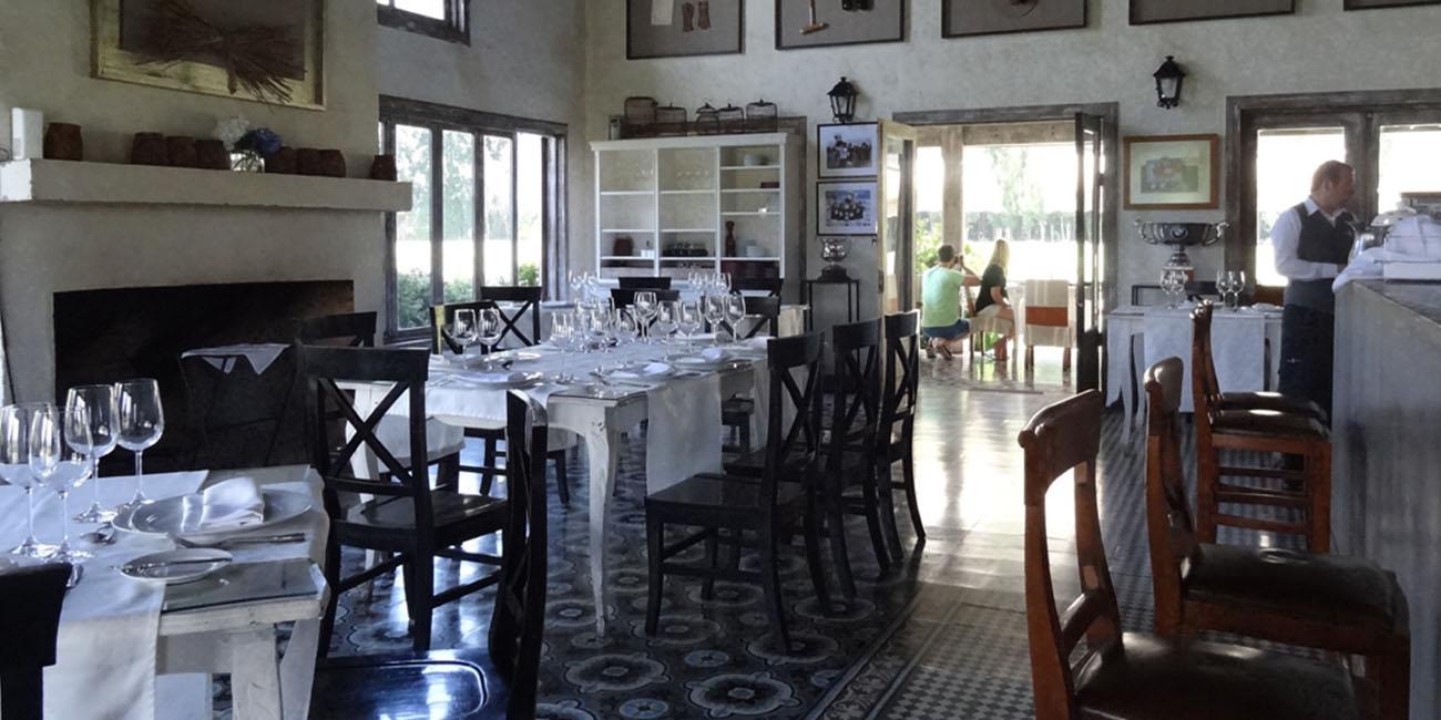 Casa Silva Restaurant Interior