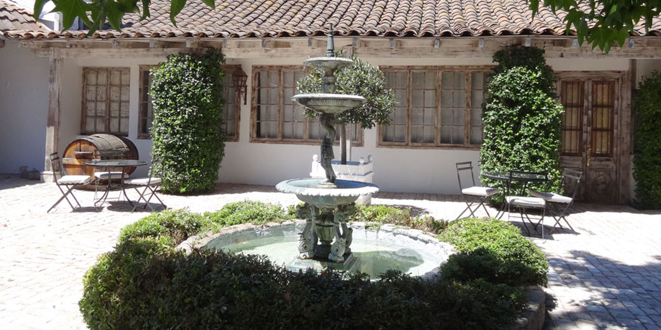Hotel Casa Silva Fountain