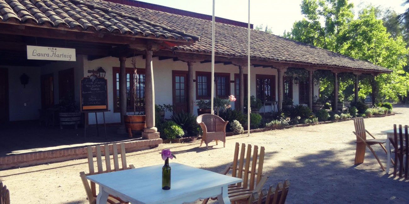 Laura Hartwig Winery outdoor seating