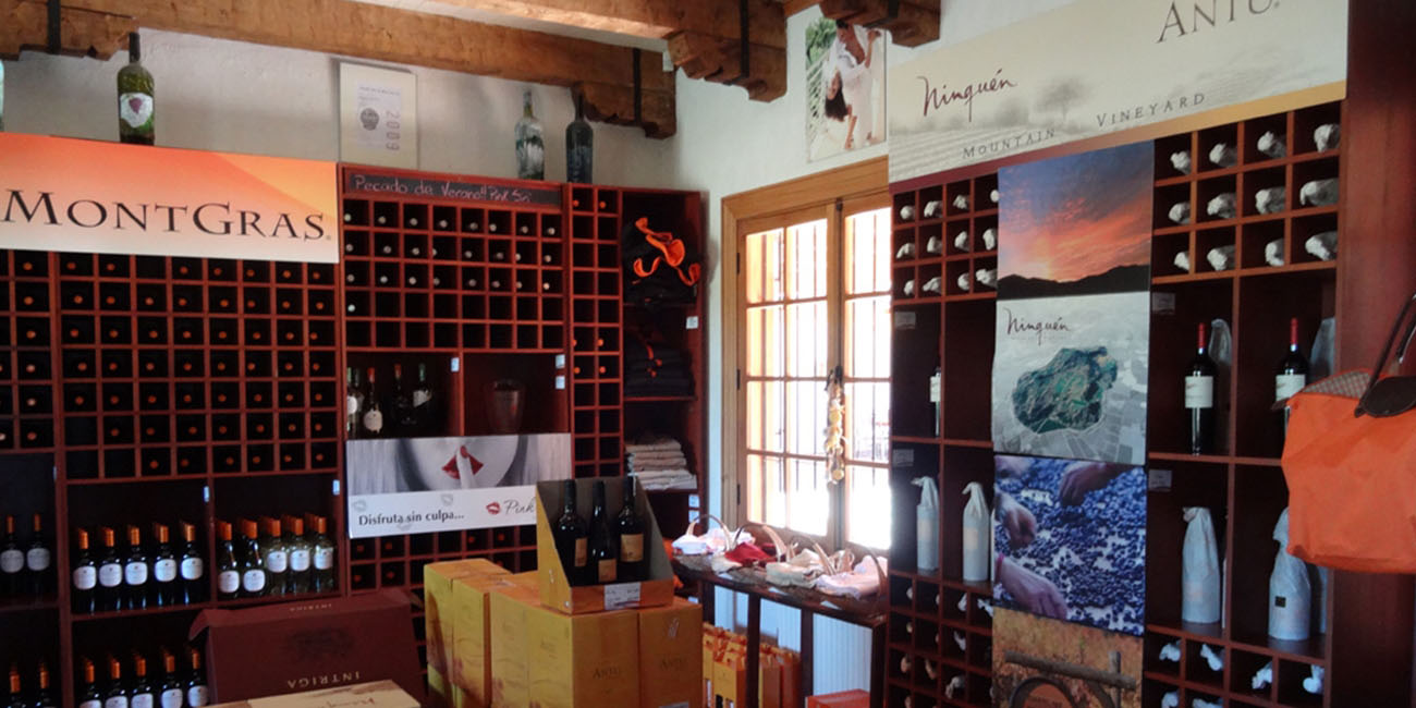 Montgras Winery Wineshop