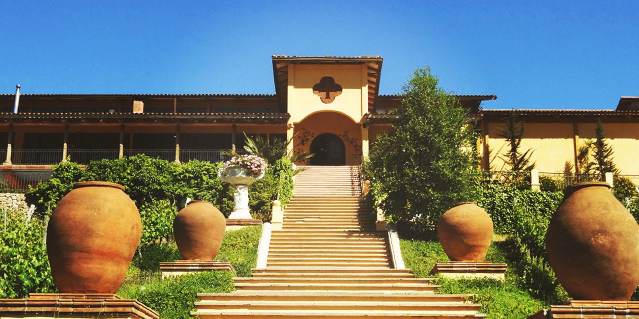 Santa Cruz Winery exterior