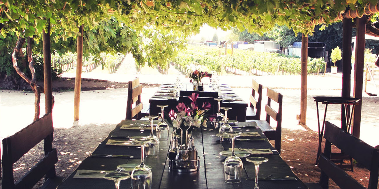 Rayuela Restaurant and Grill outdoor dining