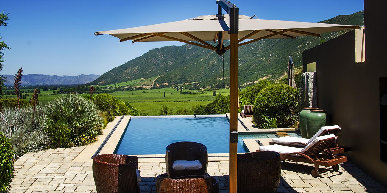 Clos Apalta Residence Pool Area