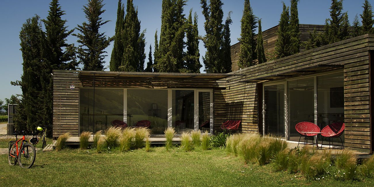 Las Ninas Winery Tasting Area